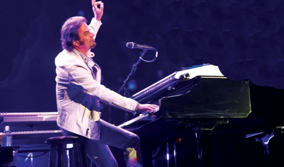 Faith, family and rock and roll - Jonathan Cain's amazing Journey