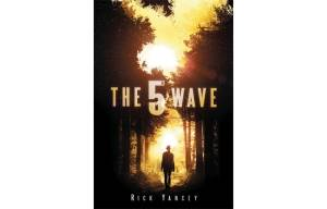 The 5th Wave' powerful and compelling