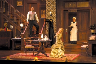 PTC's 'Gaslight' lights up the stage