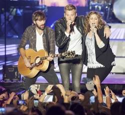 Photos of Lady Antebellum at the Darlings Waterfront Pavilion on August 30th, 2014