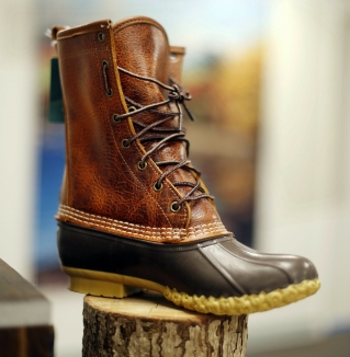 L.L. Bean looks to northern neighbor to boost sales