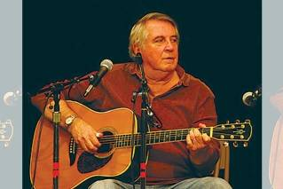 Folk musician Ed Trickett to perform rare Maine concert in Camden