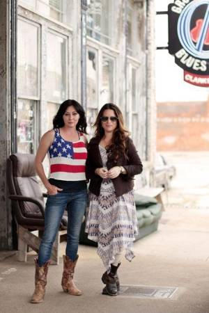 Take a road trip with Shannen Doherty