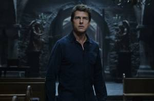 'The Mummy' comes unraveled