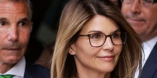 Celebrity Slam - Aunt Becky heads to the big house