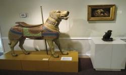 Dogs welcome at St. Louis museum about, well, dogs