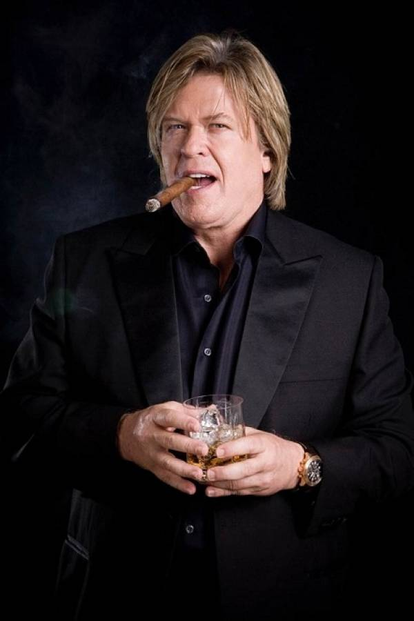 'Blue Collar' comedian Ron White to perform at Bangor State Fair