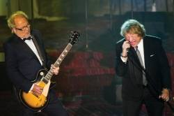 Mick Jones, left, and Lou Gramm from the band Foreigner perform at the Songwriters Hall of Fame 44th annual induction and awards gala in 2013.
