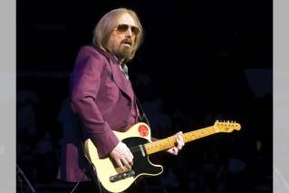 Maine radio personalities honor Tom Petty