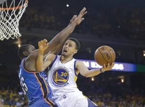 Golden State Warriors' Stephen Curry (30) has withdrawn from consideration for the U.S. Olympic team. (AP photo/Marcio Jose Sanchez)