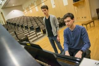 UMaine students to perform Broadway's Best